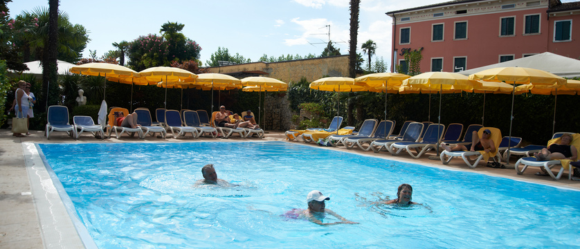 Hotel Catullo Pool.jpg